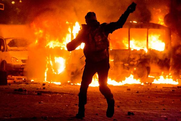 Революция. Напряжённые фразы о революции